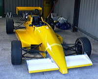FR in garage_t.jpg (20375 bytes)
